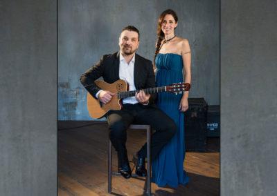 Play Music Swiss – Acoustic Duo 12 EN