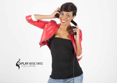 Play Music Swiss – Female DJ 1 EN