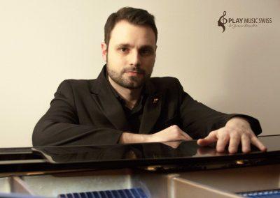Play Music Swiss – Jazz Pianist 3 EN
