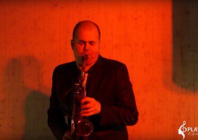 Play Music Swiss – Sax Jazz Player 3 EN