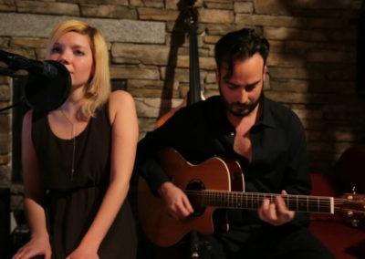 Play Music Swiss – Acoustic Duo 9 EN