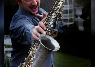 Play Music Swiss – Sax Player 5 EN