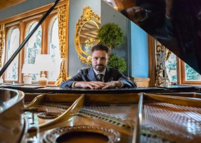 Play Music Swiss – Pianist 7 EN