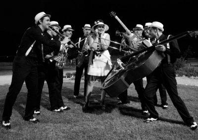 Play Music Swiss – Swing Band 1 EN