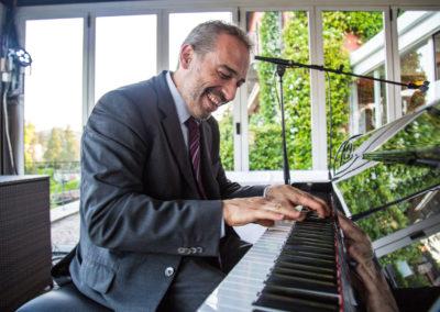 Play Music Swiss – Jazz Pianist 2 EN
