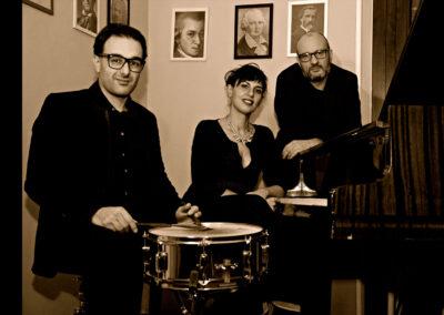 Play Music Swiss – Jazz Trio 6 EN