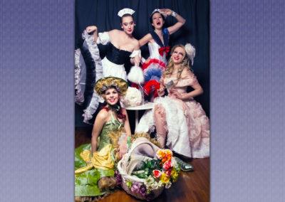 Play Music Swiss – Burlesque EN